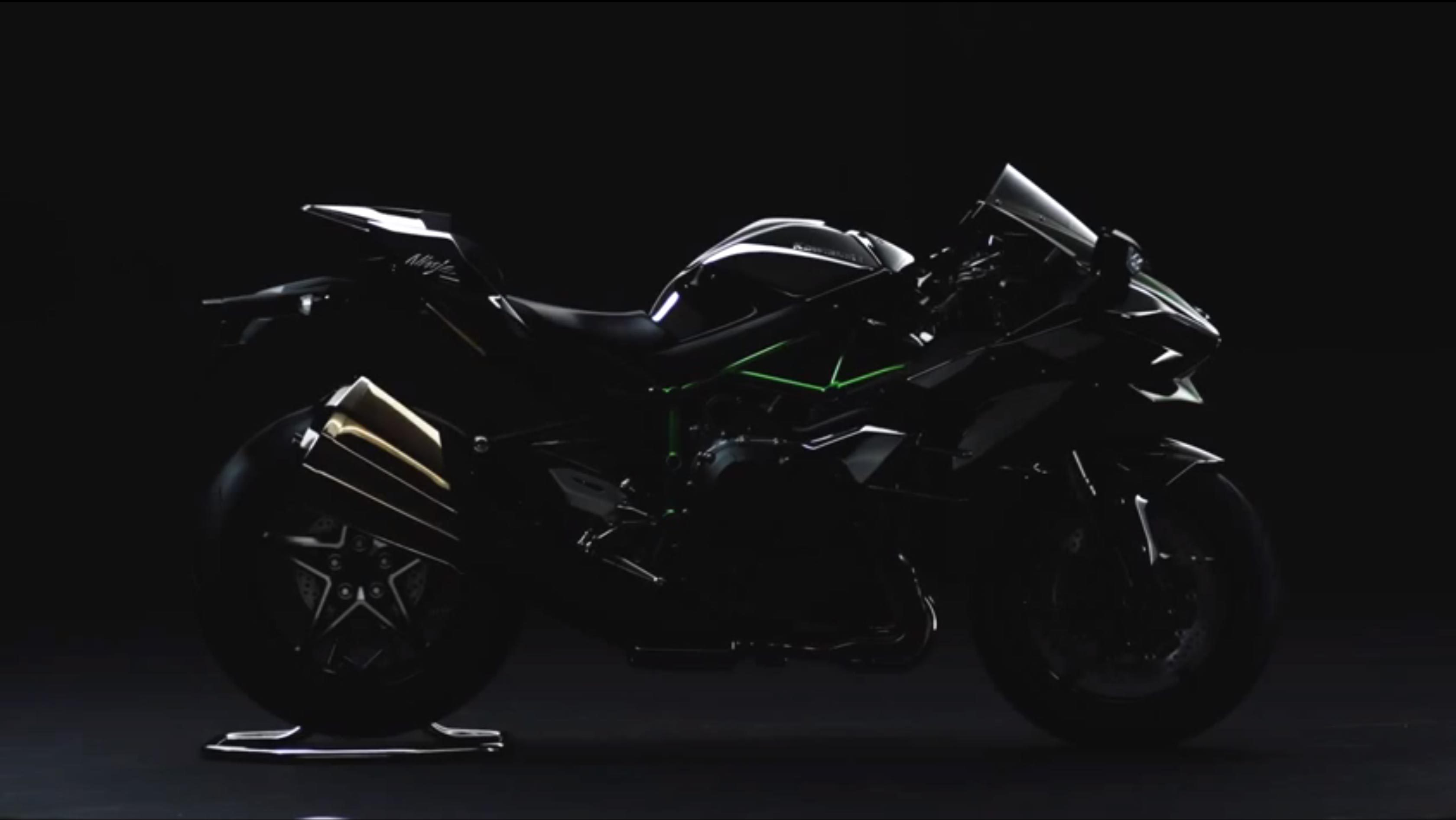 News Kawasaki Ninja H2 Street Revealed And H2R Track Video