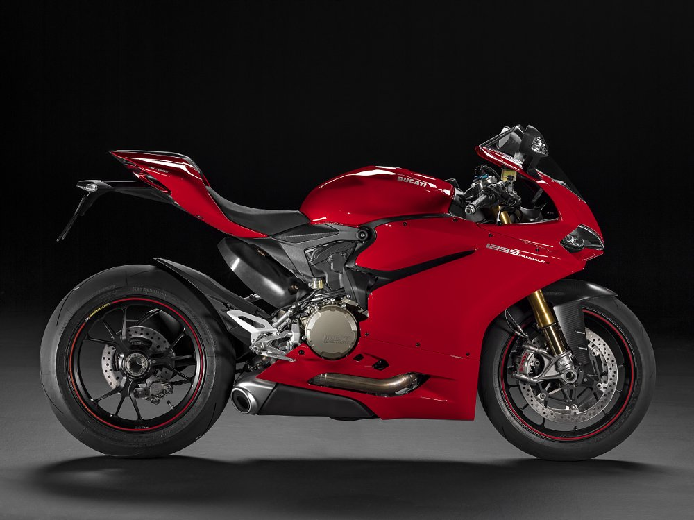 EICMA: Ducati unveils 2015 models in live streaming video