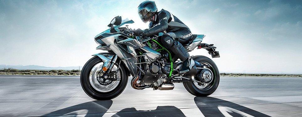 EICMA: 2015 Kawasaki Ninja H2