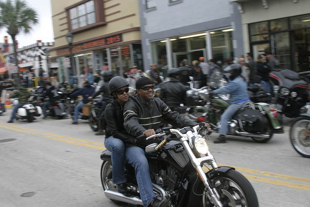 Why it's hard, but not impossible, to find stab wounds at Bike Week
