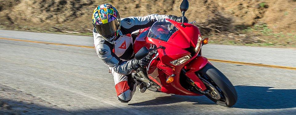 2015 Honda CBR600RR review - RevZilla