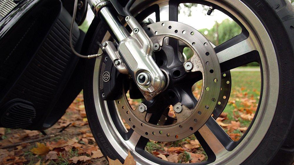 Harley-Davidson V-Rod Muscle brakes