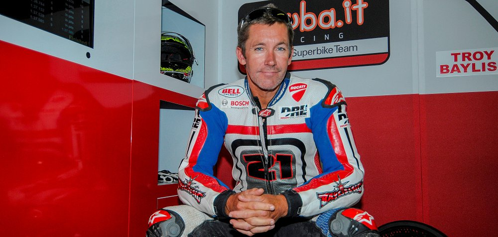 Troy Bayliss to race mile dirt-track events in U.S.
