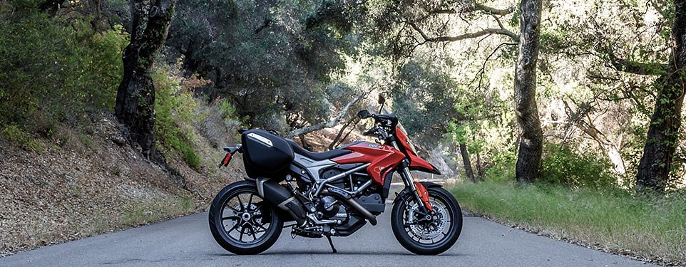 2015 Ducati Hyperstrada review