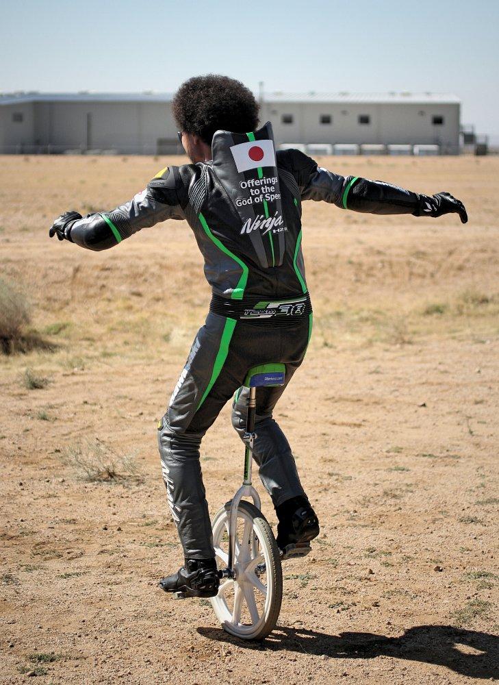 Shigeru Yamasiata on a unicycle