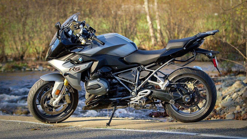 2016 bmw r 1200 rs review revzilla. Black Bedroom Furniture Sets. Home Design Ideas