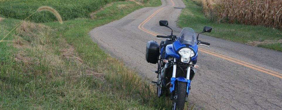 Stopped_motorcycle_top