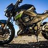 2016_kawasaki_z800_bike_review_39