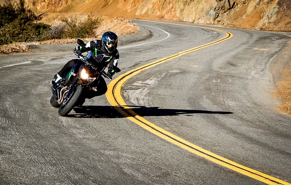 Kawasaki Z800 Spurgeon Dunbar Riding