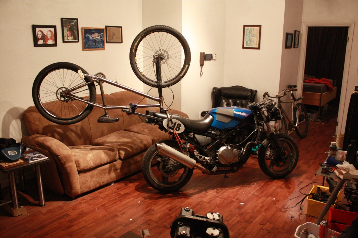 The do-it-all $1,000 motorcycle - RevZilla