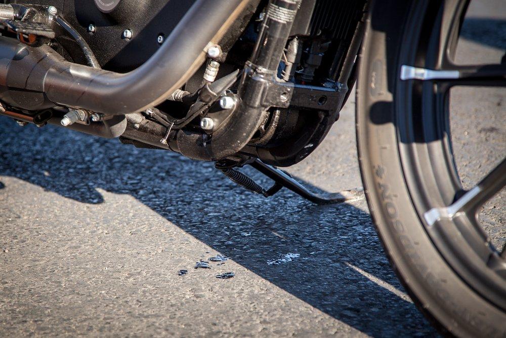 2016 Harley Davidson Sportster Iron 883 Review Revzilla