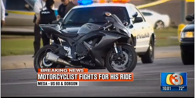 Video: Rider fights off motorcycle-jacking felon on the run from cops