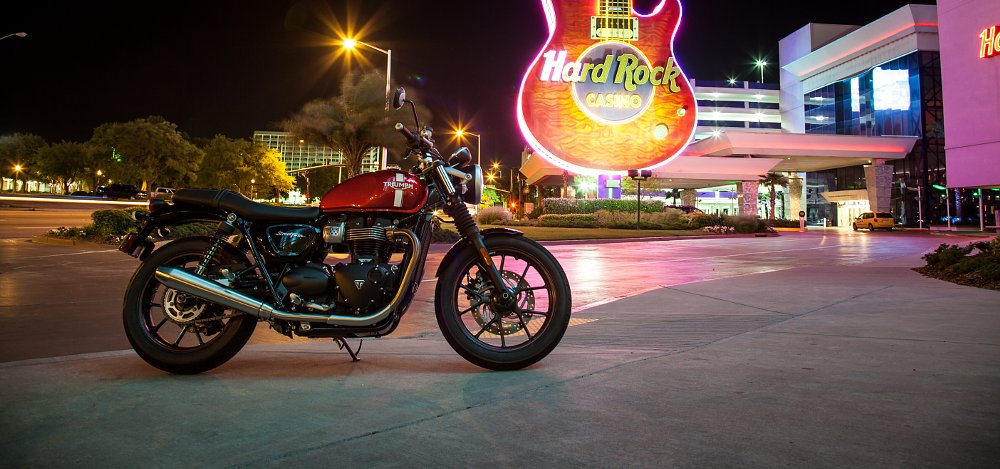 2016 Triumph Street Twin review