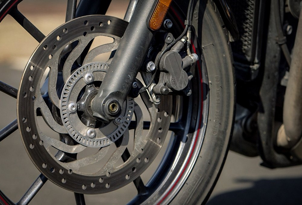 Triumph Street Twin ABS and Traction Control