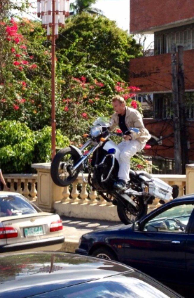 Bourne Legacy stunt