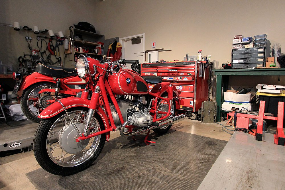 Moto Talbott collection