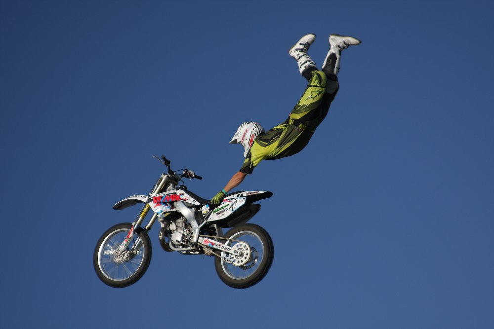 Mid-air stunt