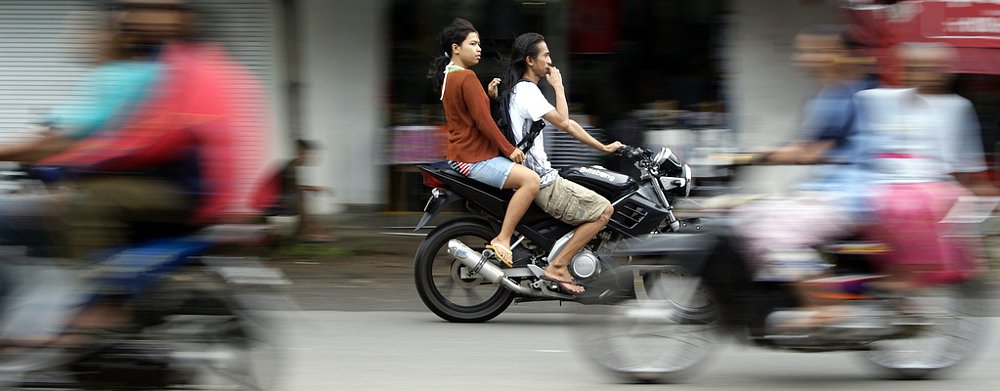 How to ride a motorcycle: Pillion edition