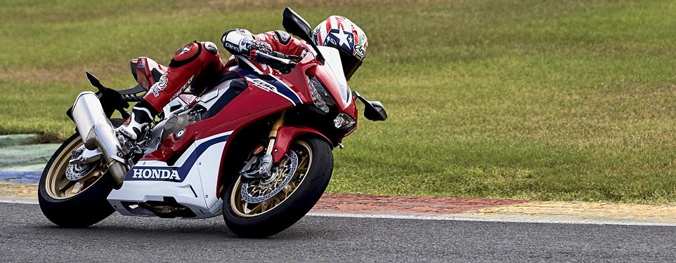 2017 Honda CBR1000RR SP first look