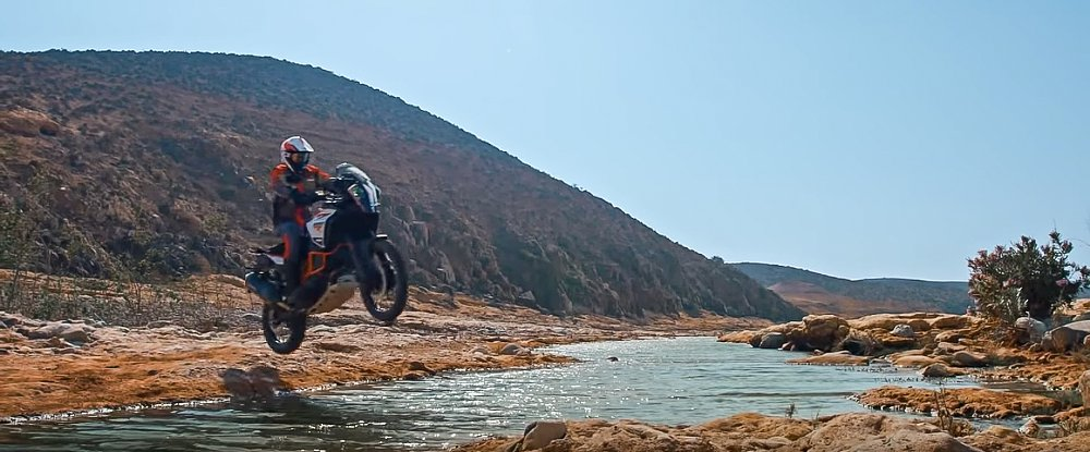 Behind the scenes: Filming KTM's new 1090 Adventure R and 1290 Super Adventure R