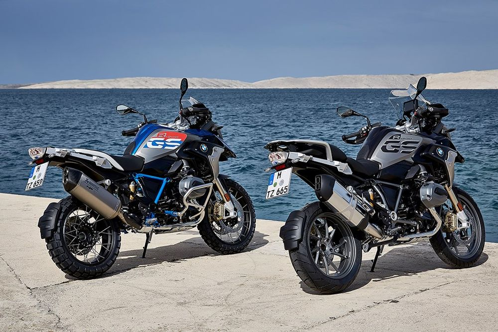 2017 bmw r 1200 gs: sometimes you have to mess with success - revzilla
