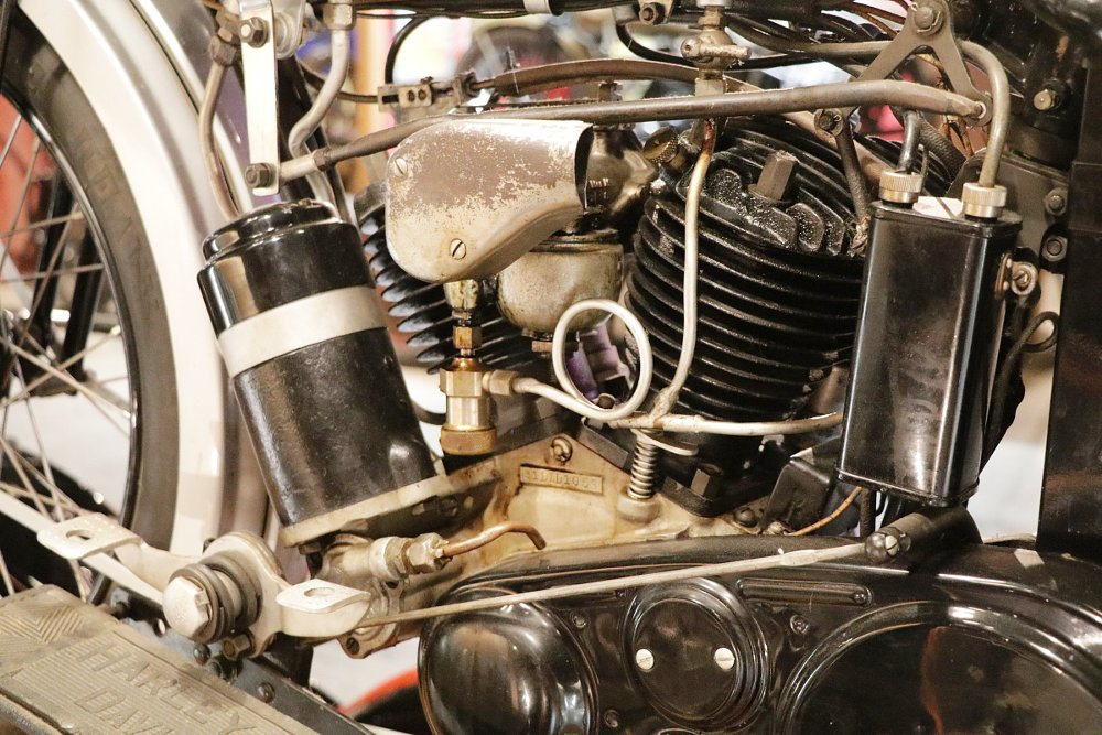 Harley-Davidson DL engine
