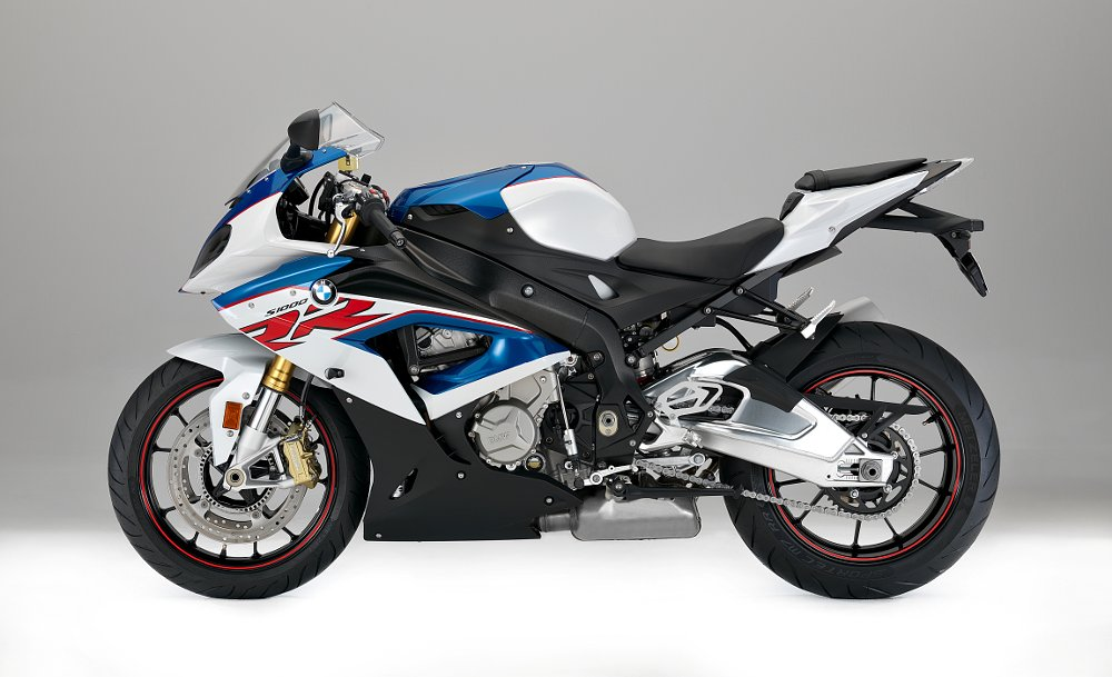 bmw s 1000 rr review. Black Bedroom Furniture Sets. Home Design Ideas