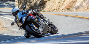 Bmw_s_1000_rr_cameron_welther_top