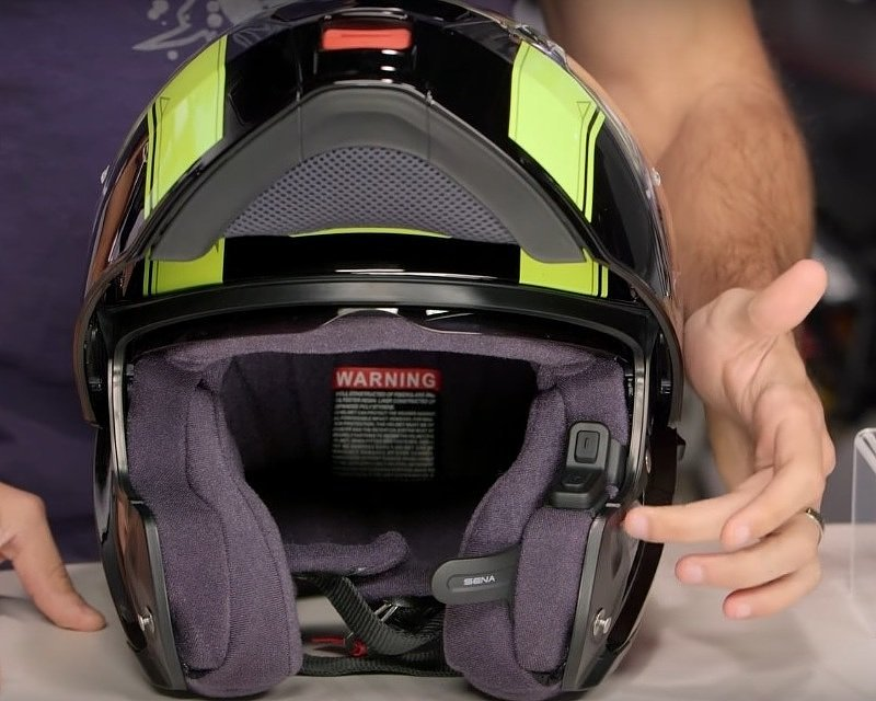 Sena 10U in a Shoei Neotec helmet