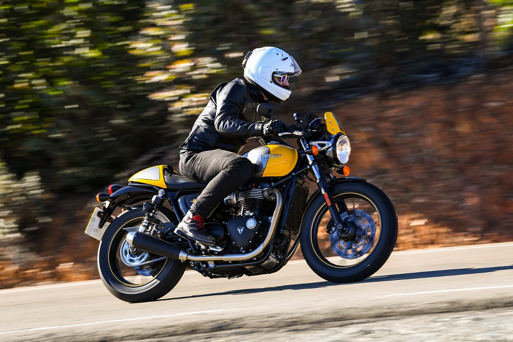 Triumph Street Cup First Ride Review Spurgeon Dunbar
