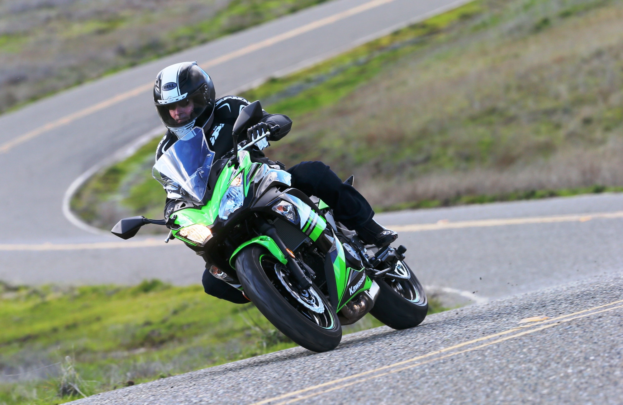 2017 Kawasaki Ninja 650 first ride review - RevZilla
