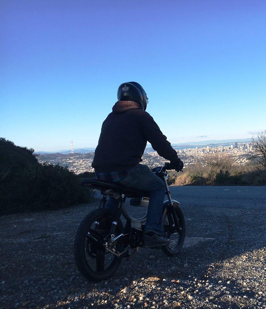 Monday Motorbikes M1