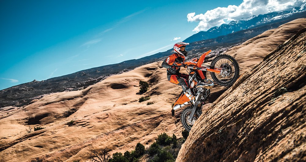 KTM announces a fuel-injected two-stroke enduro for 2018