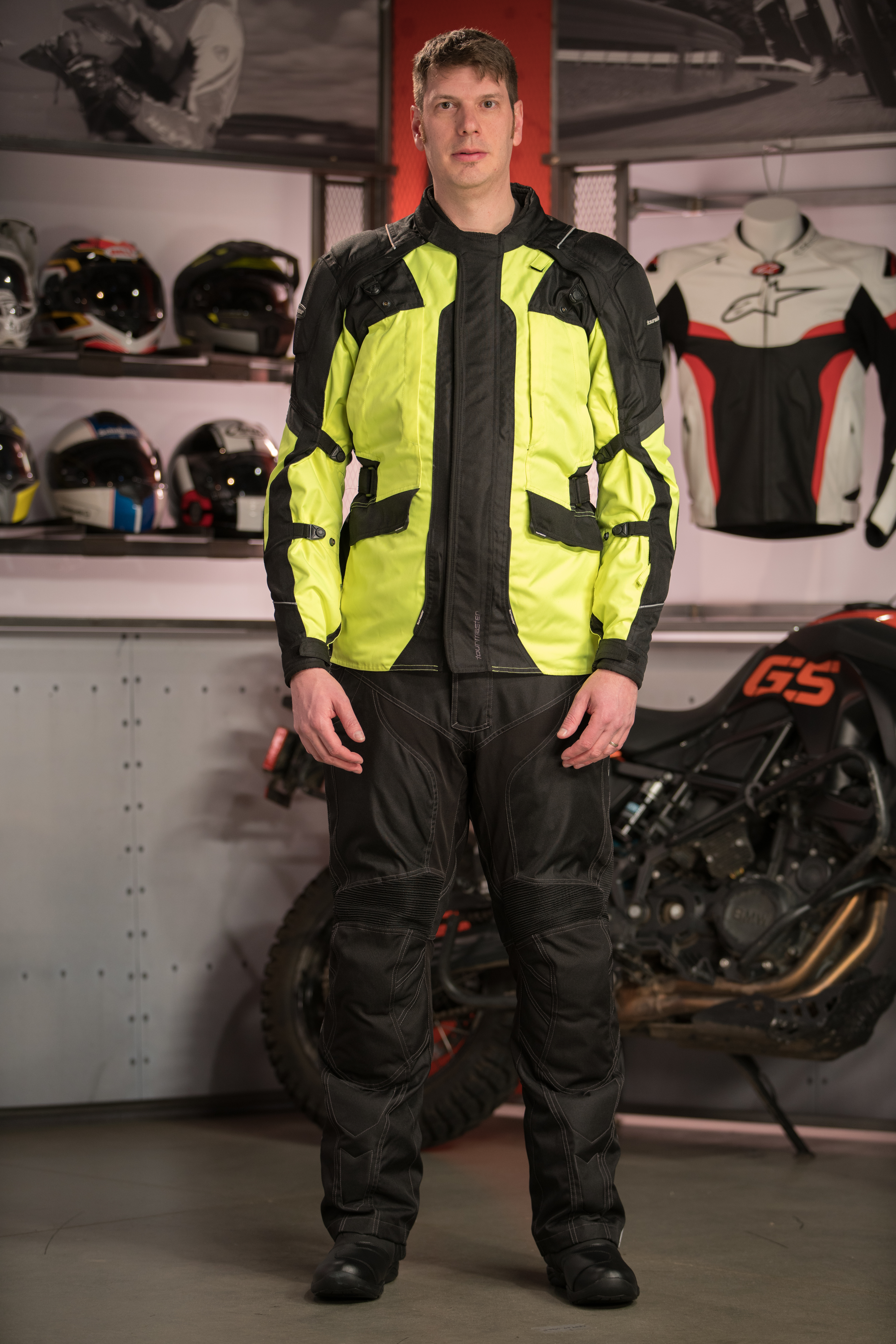 how to buy big & tall motorcycle gear