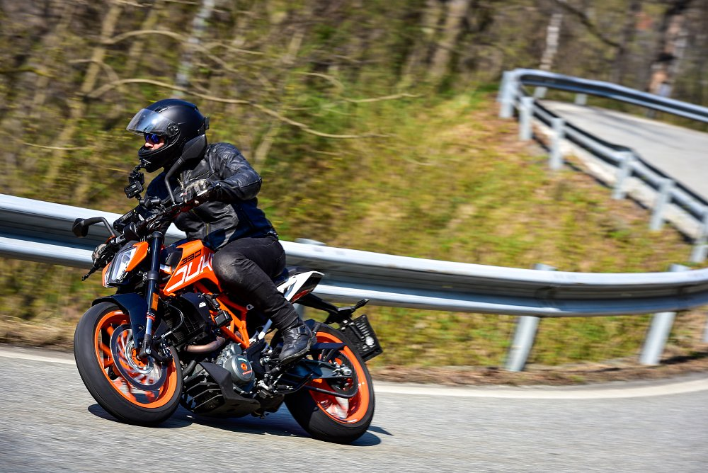 KTM 390 Duke First Ride Review