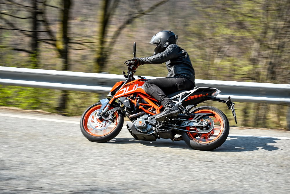 KTM 390 Duke First Ride Review Spurgeon Dunbar