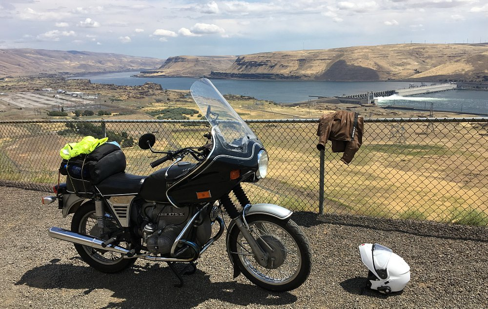 John Day Dam overlook