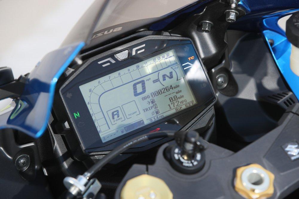 Suzuki GSX-R1000 instrument cluster