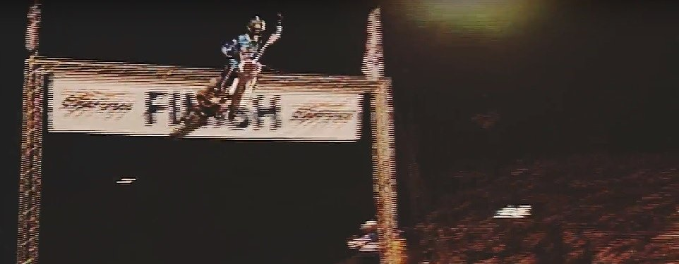 First shot in the four-stroke revolution: Doug Henry's SX win 20 years ago in Vegas