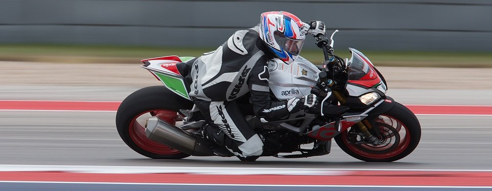 2017 Aprilia RSV4 RF and RSV4 RR first ride review