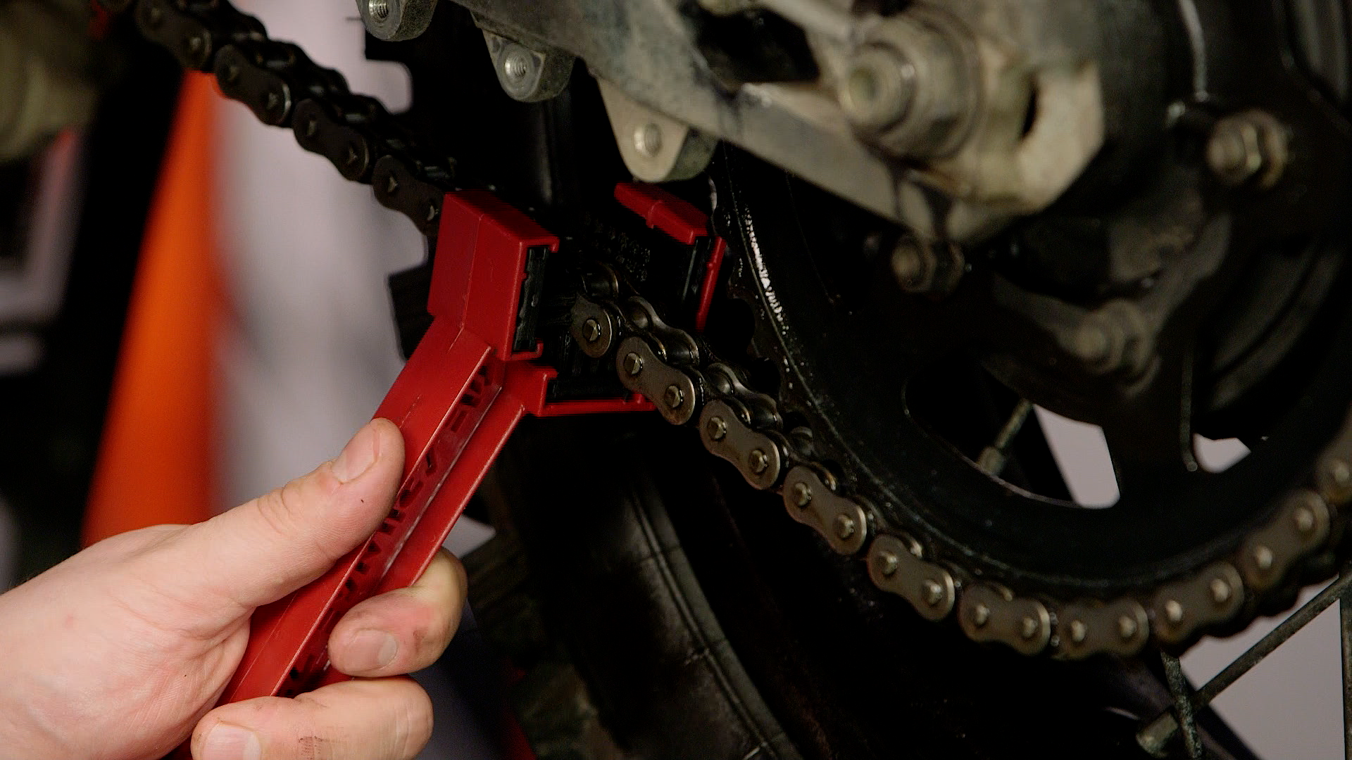 How to clean and lube a motorcycle chain greentooth Images