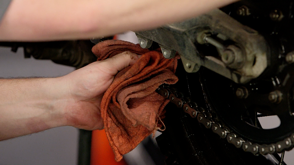 Drying A Motorcycle Chain