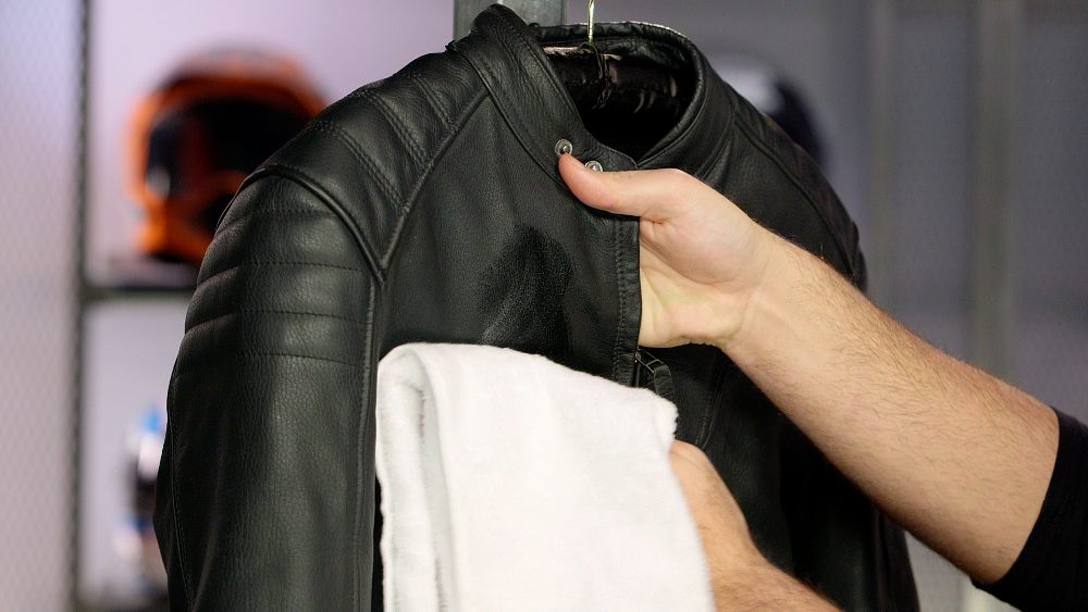 How to clean leather motorcycle gear