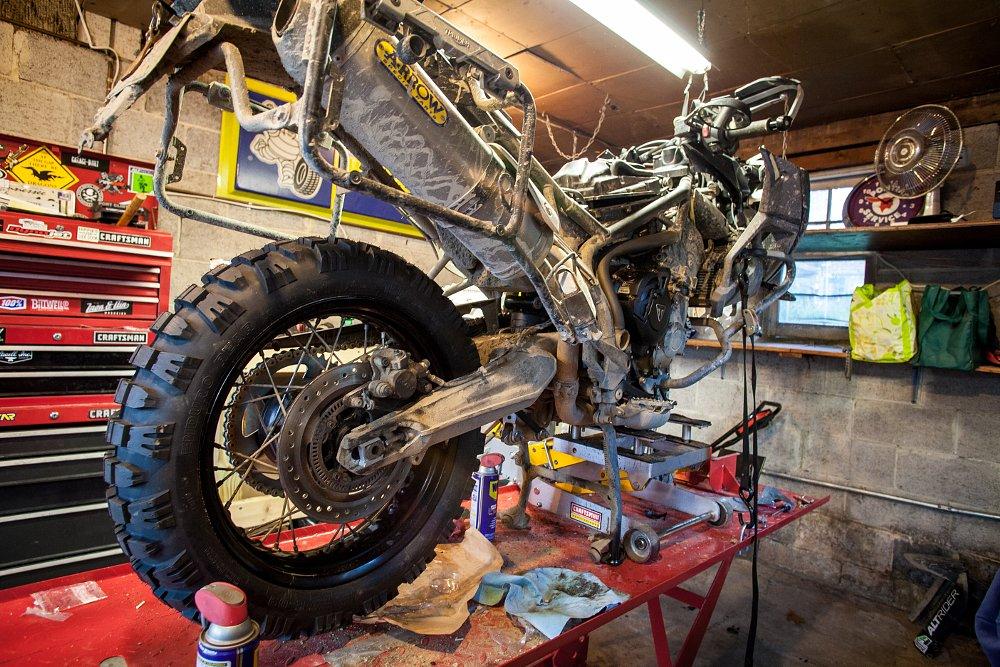 Triumph Tiger 800 XCx Mitas E-09