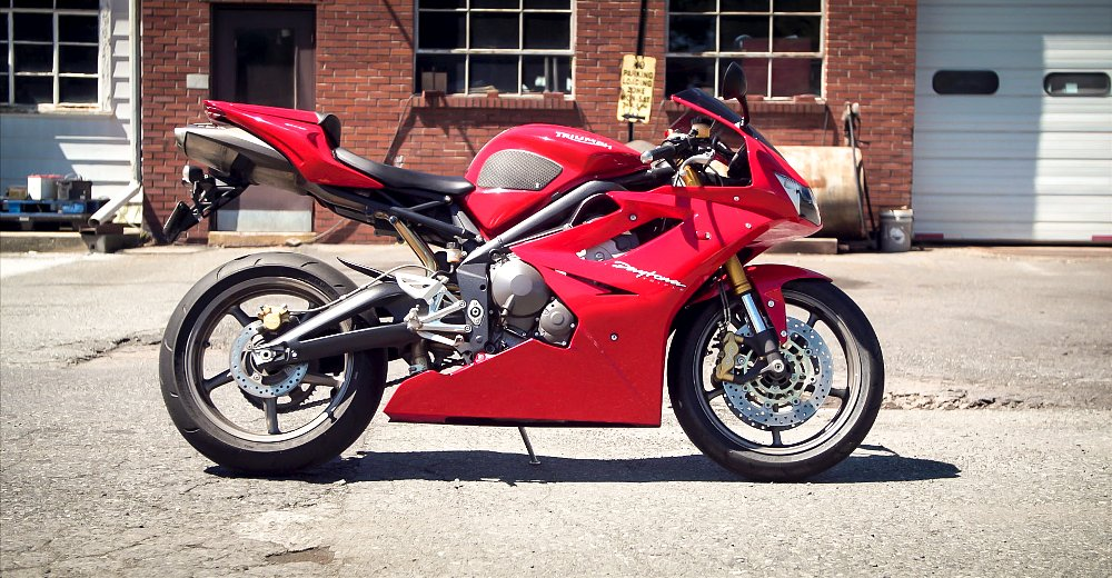 Revisiting A Classic The 2006 Triumph Daytona 675 Revzilla