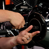 Removing_motorcycle_clutch_cover