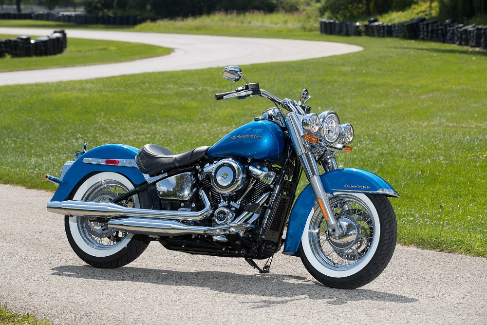 Harley-Davidson releases all-new Softail line, kills Dyna ...