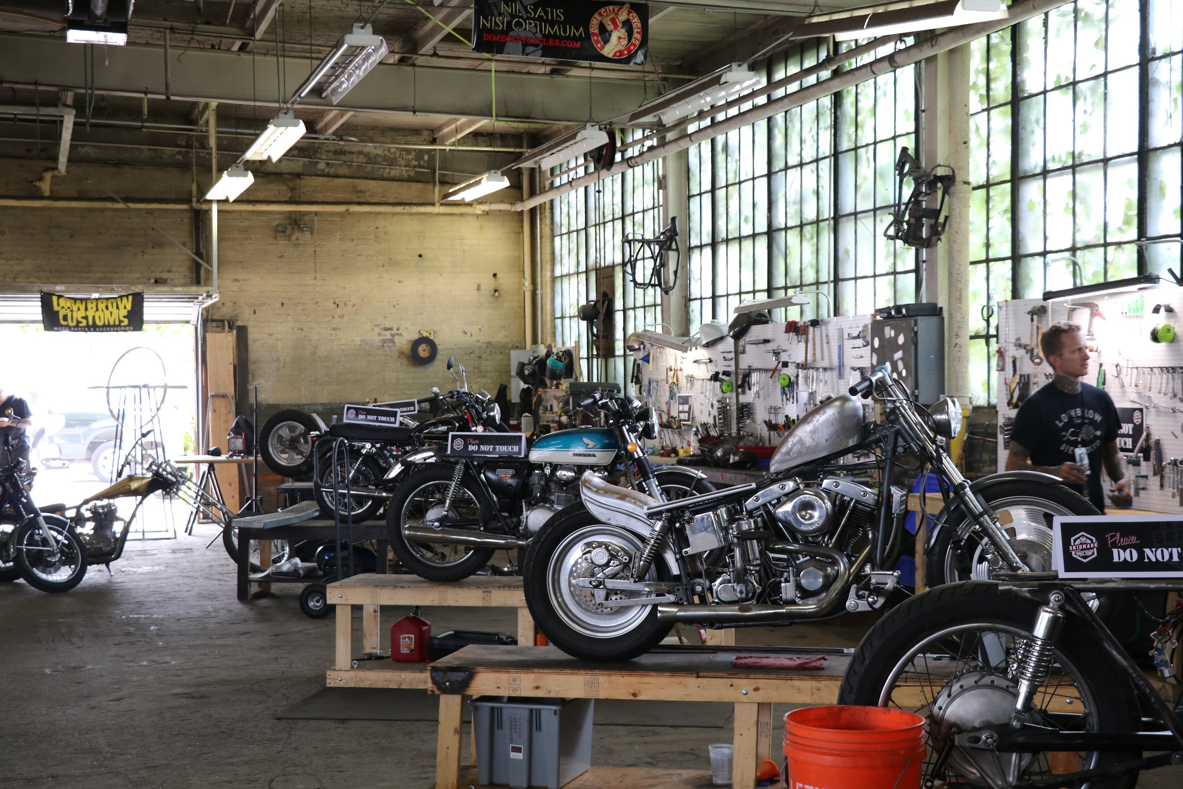 Inside The Fuel Cleveland Custom Motorcycle Show Revzilla Lowbrow Customs Tech