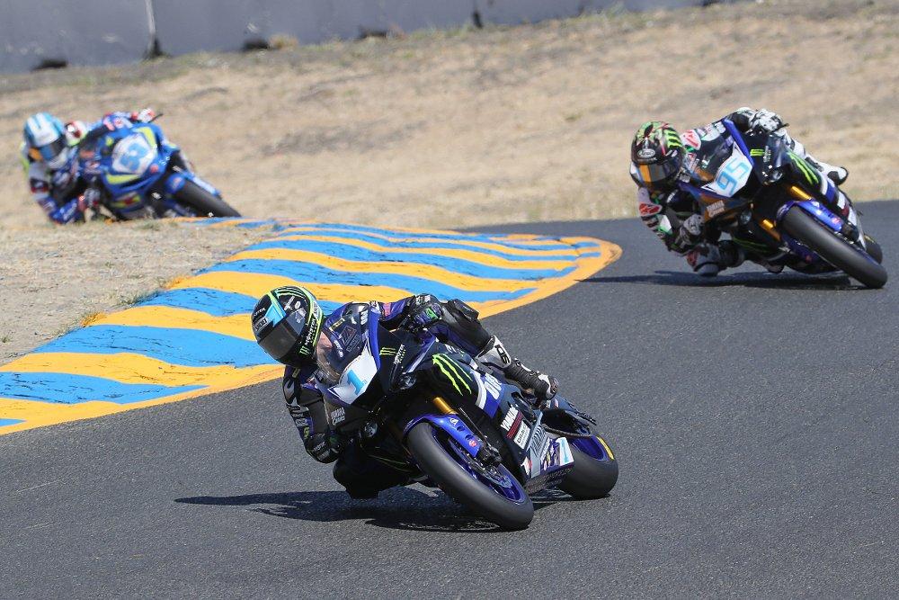 MotoAmerica Supersport race