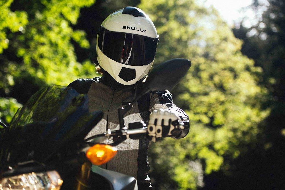 SKULLY Technologies helmet
